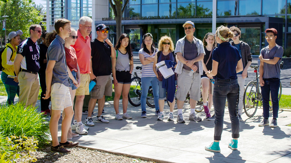 prospect students on a campus tour